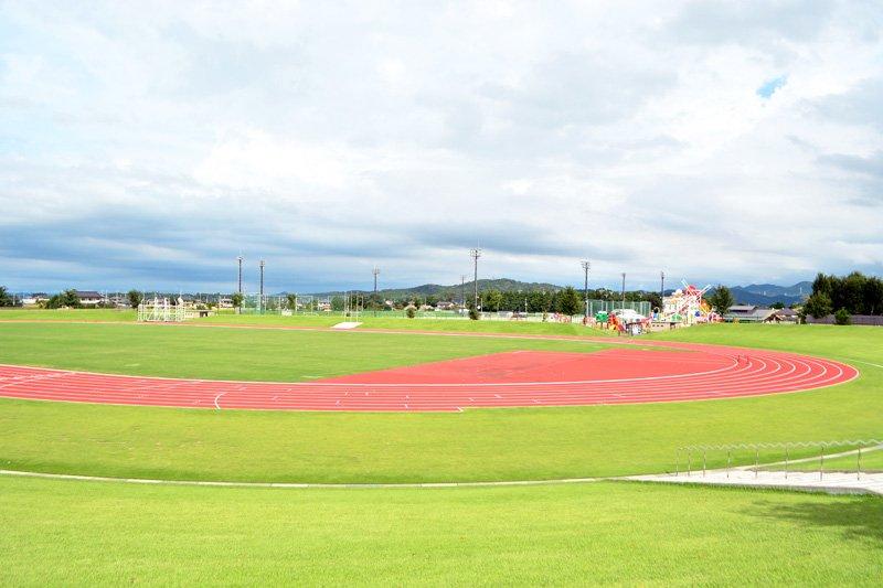 「真岡市総合運動公園陸上競技場」