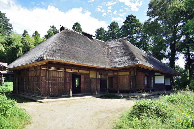 江戸時代の名主の屋敷であった「入野家住宅」