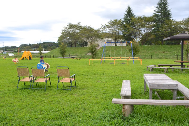 道の駅敷地内の芝生公園